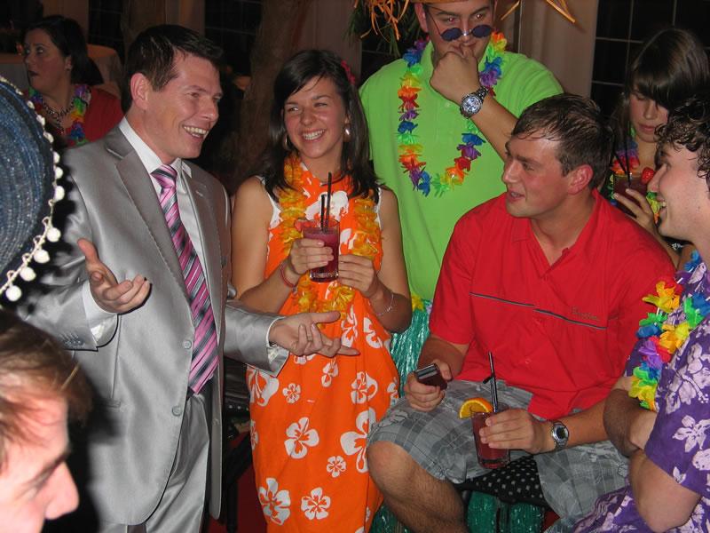 Goochelaar Inhuren Voor Verjaardagsfeest Goochelaar Tony Price